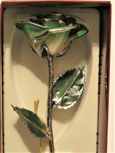 Light Green Rose by Living Gold - Real Rose Dipped in Platinum