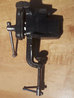 Vintage Clamp On Bench Vise 2 12 Inch Jaws Open To 2 34 Inches