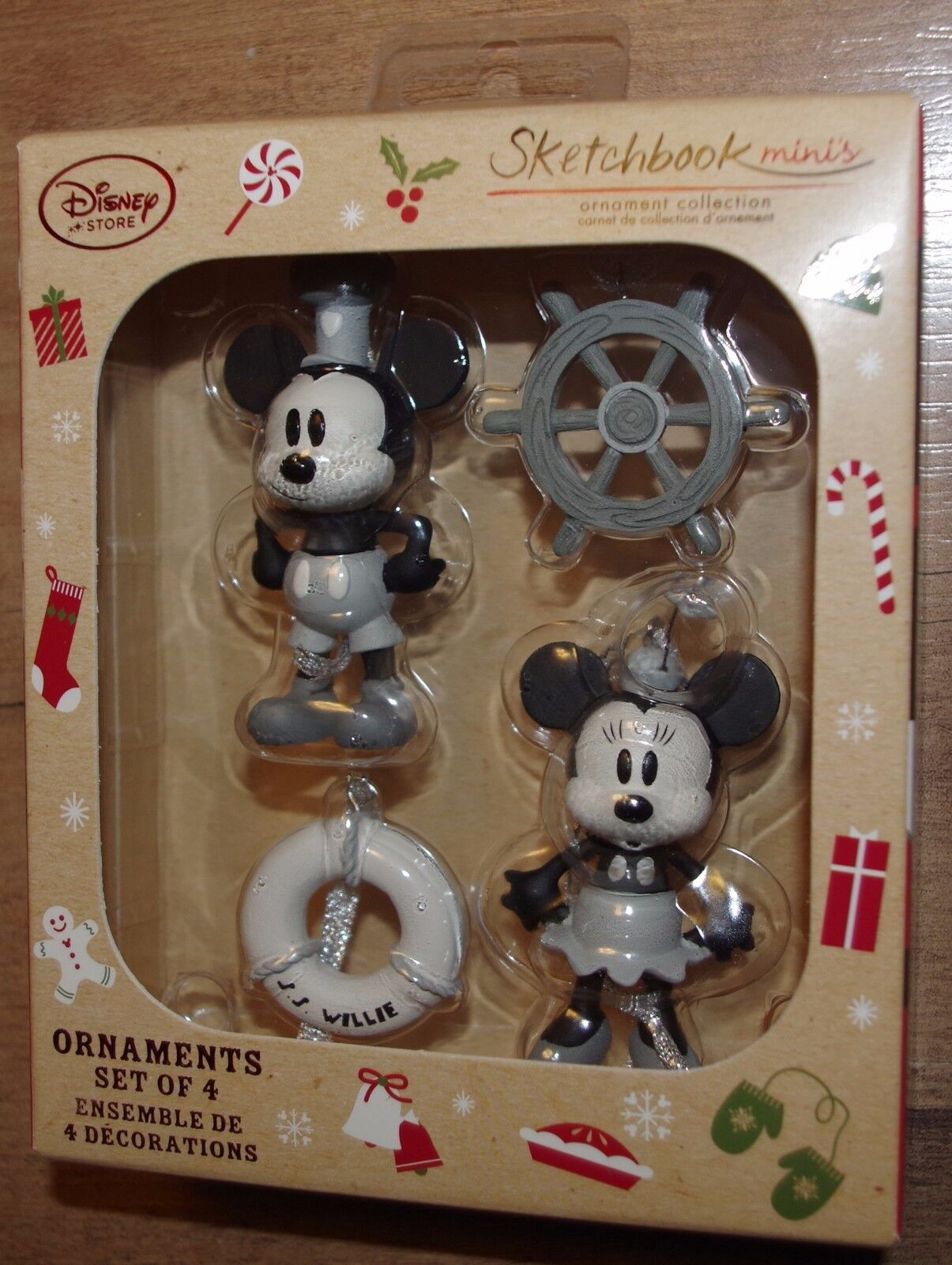 Disney Store Mickey & Minnie Mouse Steamboat Willie Christmas Decorations Tree