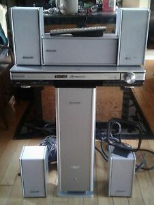 Vintage  panasonic complete  home theater  system  sa-ht700
