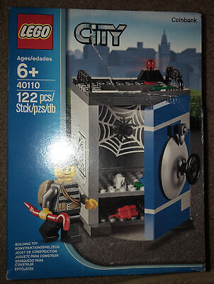 LEGO Set 40110 City Coin Bank - Robber Minifigure 122 Pcs Factory Sealed Box NEW