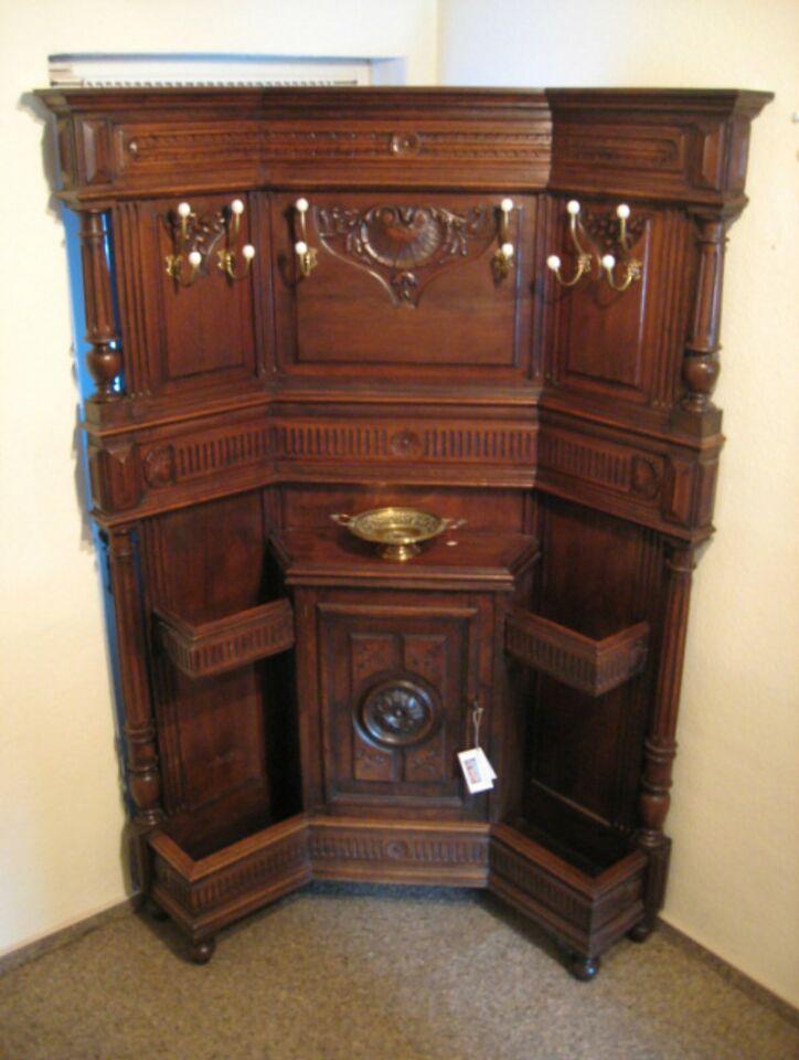 antik Garderobe in Aurich