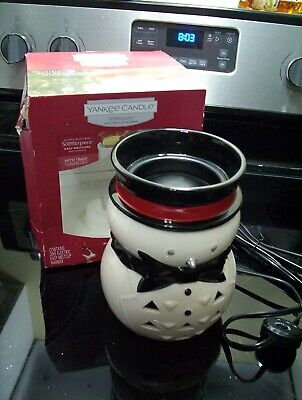 Yankee Candle Scenterpiece Warmer JACK FROST Snowman Melt Cup Timer Lights Up