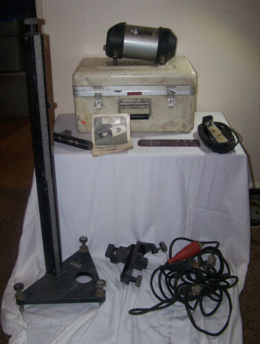 BEAM ALIGNER 4700 SERIES PIPE LASER w/ CASE ACCESSORIES and STAND