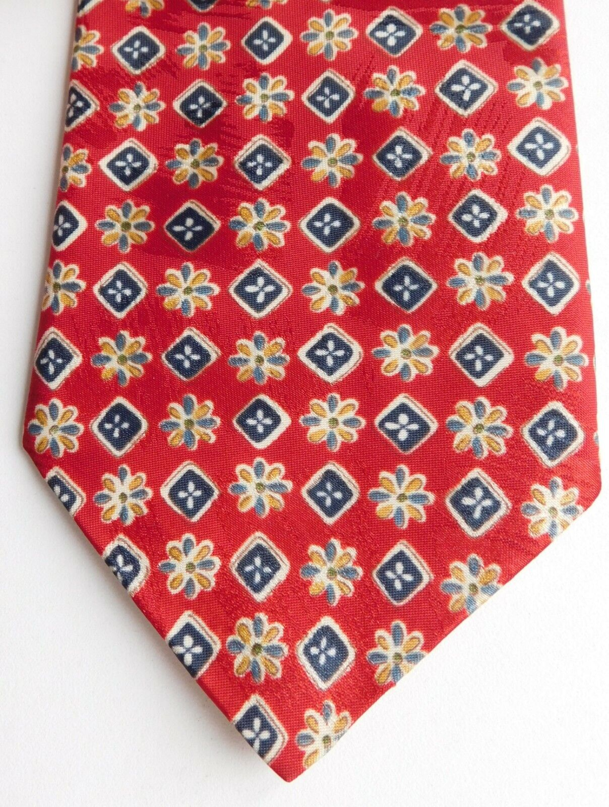 Charles Rose floral print tie machine washable red made in UK
