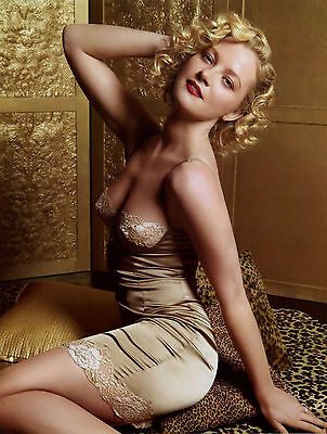 Gretchen Mol Glamour 8X10 Photo T9228