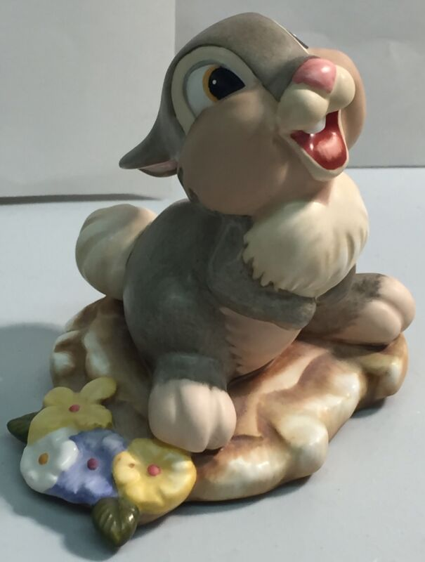 Walt Disney Classics Collection Bambi's Thumper Hee! Hee! Hee! Figurine WDCC