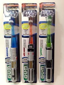 Star-Wars-Lightsaber-Toothbrush-Anakin-Skywalker-or-Yoda-or-Darth-Vader