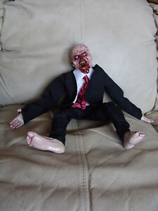 Zombie-Rag-Doll-Demon-18-in-Doll-Halloween-Prop-or-Doll-Collector-NEW