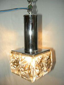 lustre ancien design des ann es 1970 avec ces pampilles en cristal fleurs ebay. Black Bedroom Furniture Sets. Home Design Ideas