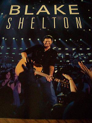 Blake Shelton 2012 Photo Tour Book