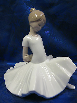 FINALE POSE BALLET DANCER GIRL BALLERINA PORCELAIN FIGURINE NAO BY LLADRO #1624