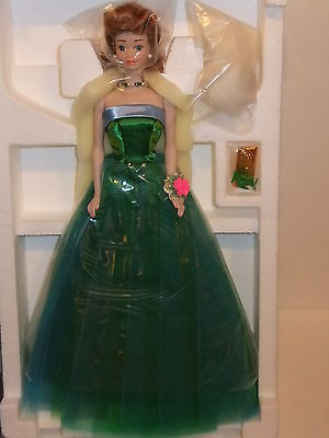 Barbie Doll 1993 30th Anniversary Midge Porcelain Collection
