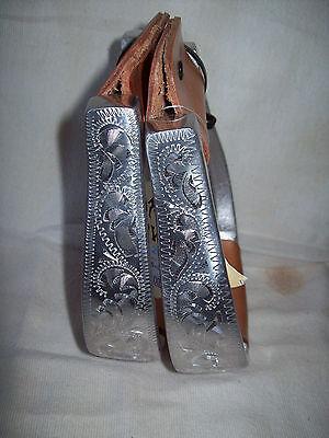 Show Stirrups Engraved Aluminum Ox Bow Leather Tread