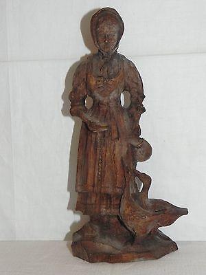 Antike handgeschnitzte Holzskulptur Holzfigur Holz Skulpturen Frau mit Gänsen