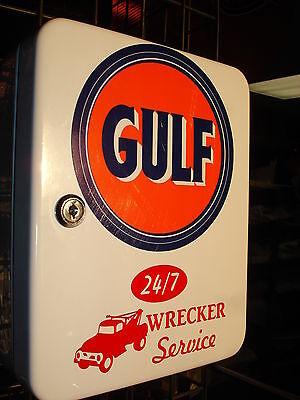 GULF GASOLINE  1950S GAS OIL SERVICE STATION KEY BOX NEW