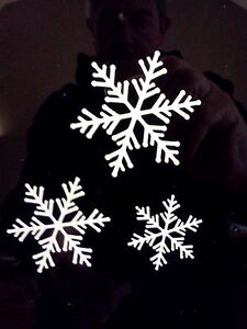 37-SNOWFLAKES-3-SIZES-Window-Stickers-Christmas-Decorations-Xmas