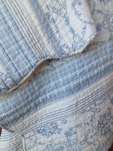 Bloomingdale Blue Quilted Throw Rug  French Provincial, Shabby Chic, Beach