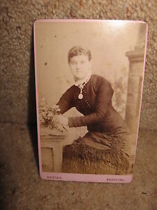 Vintage-Victorian-Lady-Posing-BRIDGES-BRADFORD-c1890s