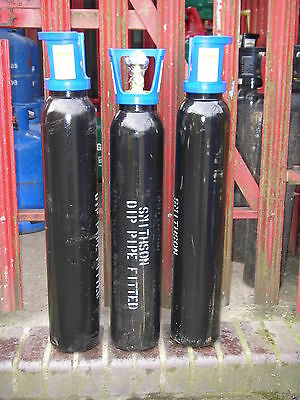 Co2 Liquid Take-off bottle for recharging smaller refillable Co2 tanks.