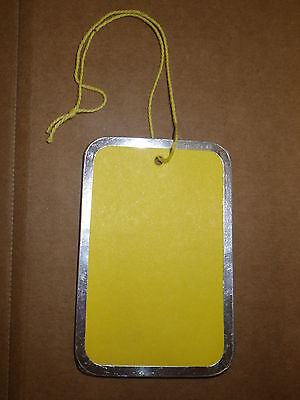 100 Medium Yellow Hanging Price Tags Pricing Jewelry Retail Metal Rim Rimmed