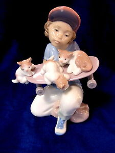 LLADRO-7623-LITTLE-RIDERS-BNIB-BOY-CATS-SKATEBOARD-LTD-ED-150-OFF-FREE-SHIPPIN