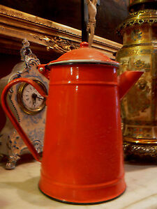 ancienne cafetiere annee 1960 vintage tole emaill e rouge ebay. Black Bedroom Furniture Sets. Home Design Ideas