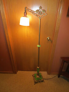 Antique Art Deco Bridge Floor Lamp Houze Sage Akro Agate Jadite Green Slag Glass