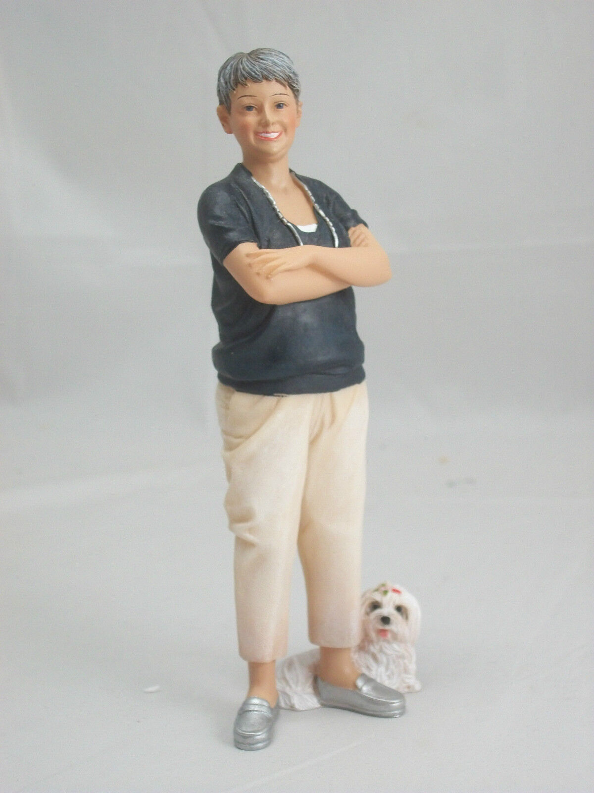 Resin Doll - Phyllis (standing Woman With Dog) 3036 1/12 Scale Houseworks