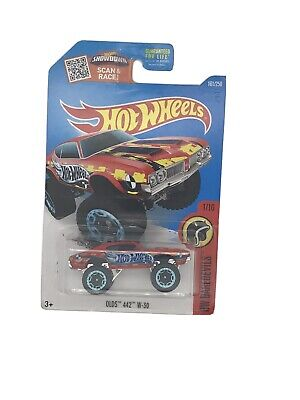 2015 Hot Wheels #161 HW Daredevils 1/10 OLDS 442 W-30 Red Variant w/Blue Rim Whl