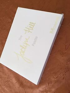 Makeup- Limited edition Jaclyn hill X morphe palette