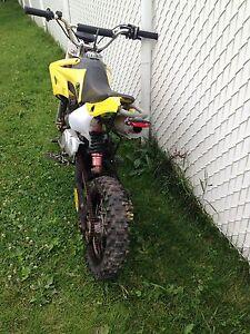 Motocross 125cc 4 vitesses 4 temps