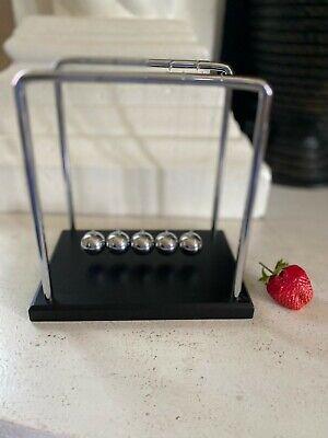 Newtons Cradle Steel Balance Balls Physics Science Pendulum Toys Desk Ornaments