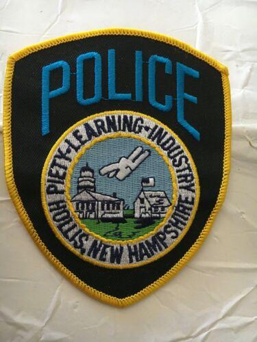 Hollis New Hampshire Vintage Police Patch version 4