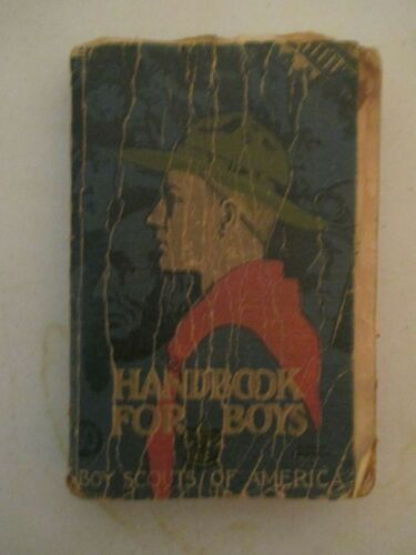 VINTAGE EARLY HANDBOOK FOR BOYS BOY SCOUTS OF AMERICA BOOK