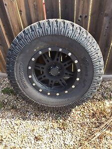 37 x 12.5 Procomp Tires/Wheels for Jeep