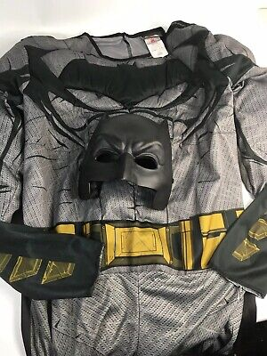 Batman V Superman Size LARGE Costume W/  Mask NEW WITH TAG