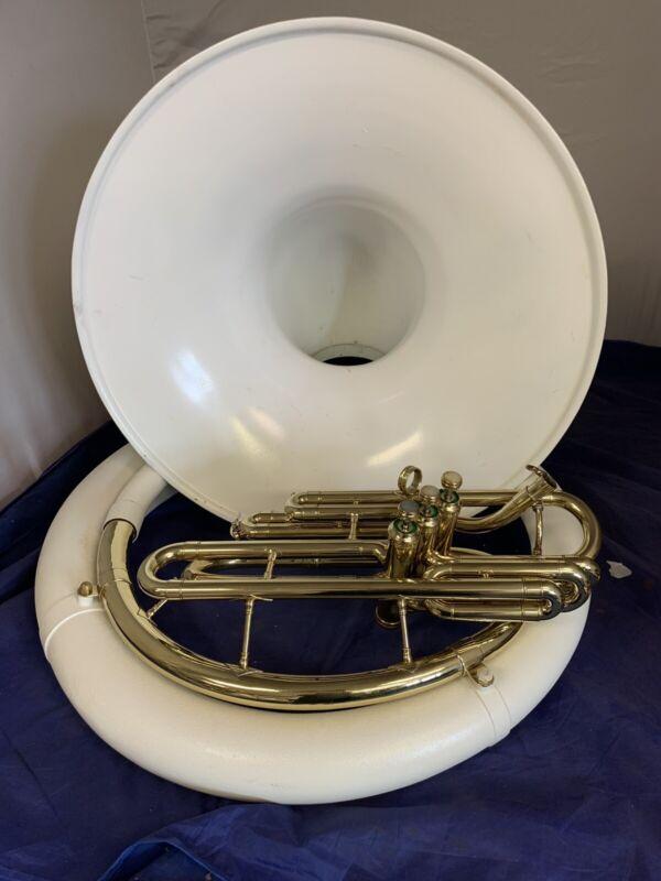 King Bb Sousaphone,  Fiberglass case new