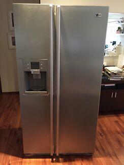 LG side by side fridge & freezer