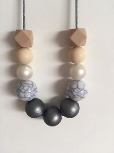 Beaded Necklaces Rosemeadow Campbelltown Area Preview