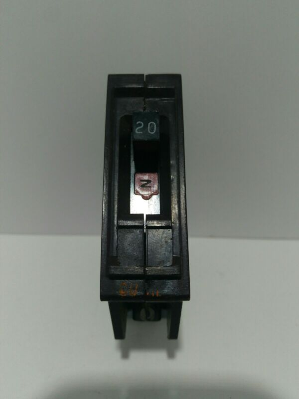 WADSWORTH 1 pole 20 amp Type A with Metal Foot