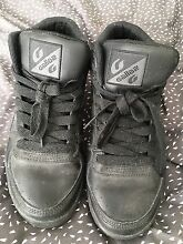 Womens Gallaz shoes size 8 Largs Maitland Area Preview