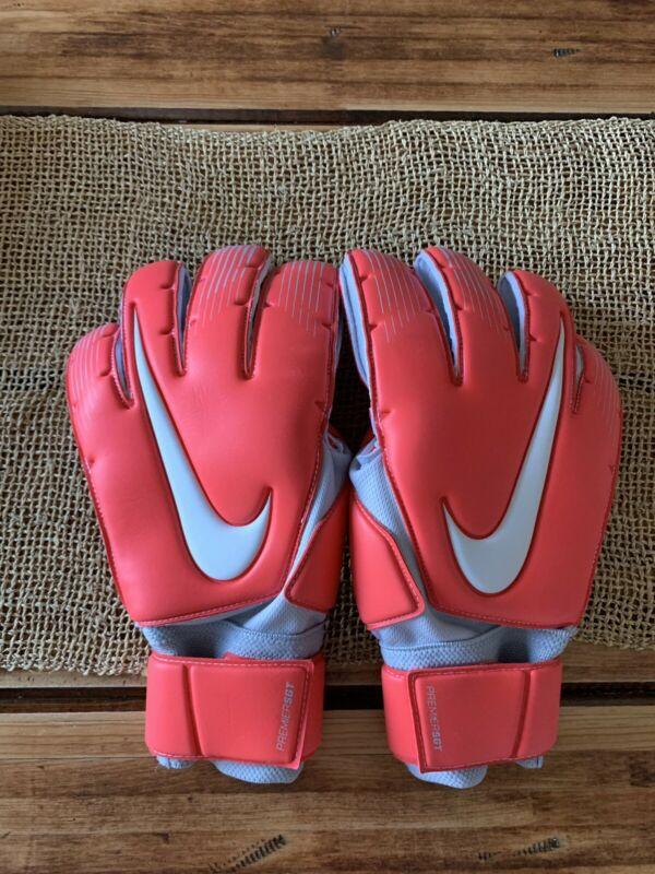 New Nike GK Premier SGT Size 11 Soccer Goalkeeper Goalie Gloves Red GS0369-671