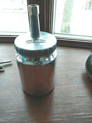 Kremlin- 1 Qt Paint Cup