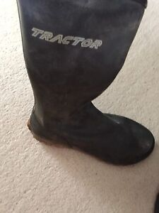 Tractor zip up gumboots size 8 Farrer Woden Valley Preview