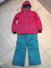 Girls ski clothes Wurtulla Maroochydore Area Preview