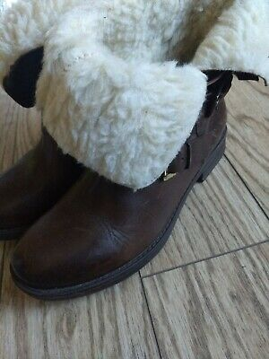 Inuovo Boots 38 7.5 Brown Leather Fur Lined Fold Over Buckle Accent EUC