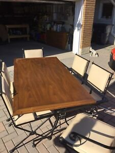 7 piece Hauser indoor / outdoor dining table.