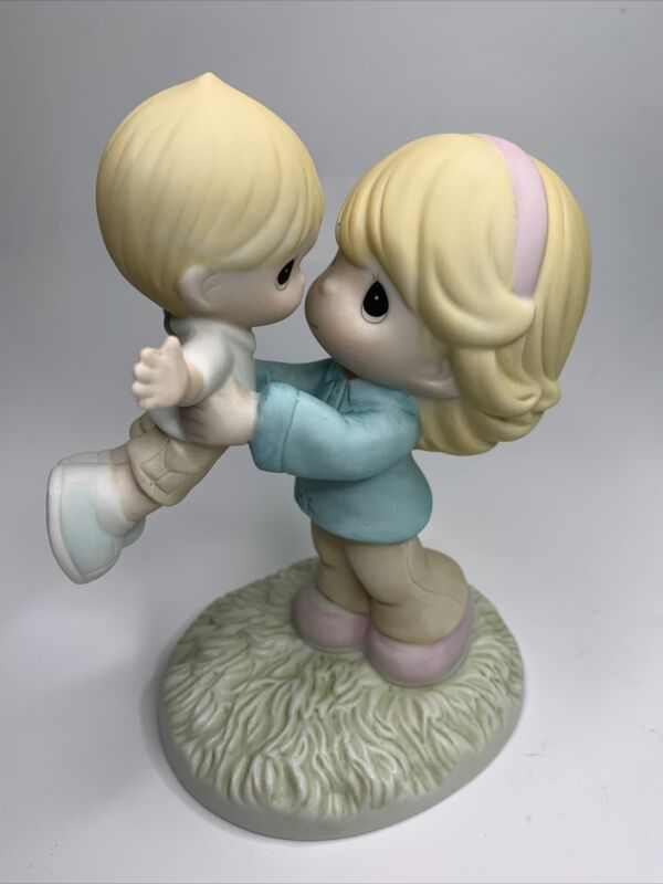 "Precious Moments 2015 ""Your Love Lifts Me"" 15400 Porcelain Hand Painted Rare"