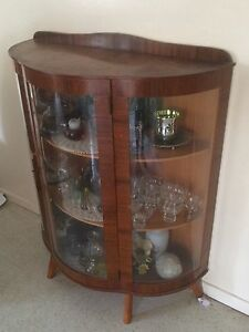 Circular China Cabinet, Glass Display Cabinet, Vintage Antique. Eight Mile Plains Brisbane South West Preview